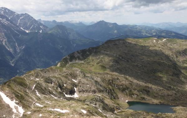 Trail below Le Brevent