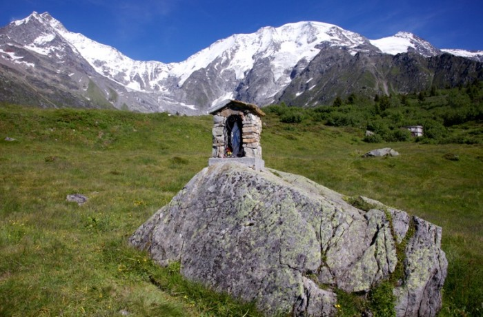 Shrine on the Mont Blanc trail